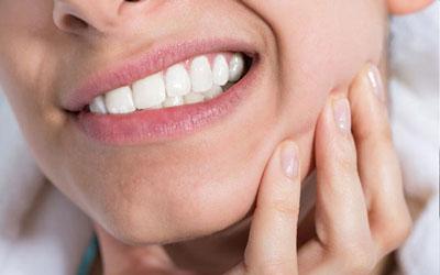 کیست دندان چیست و هزینه جراحی کیست دندان چقدر است؟